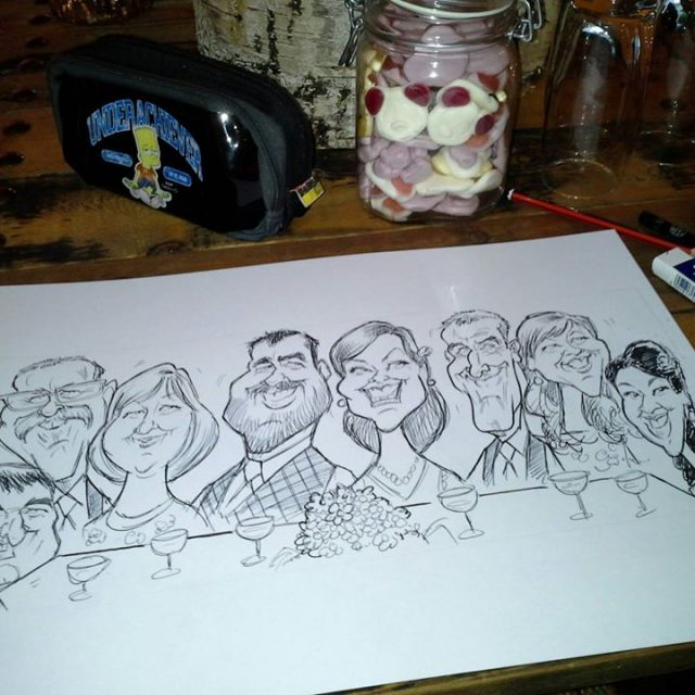 BLACK AND WHITE TOP TABLE CARICATURES